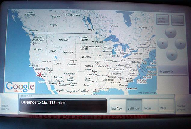 버진아메리카 항공편 좌석스크린에 탑재된 구글맵. 현재위치를 확인할수 있음