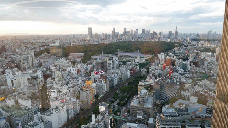일본 중심지 시부야가 한 눈에 내려다보이는 KDDI 무겐라보 공간