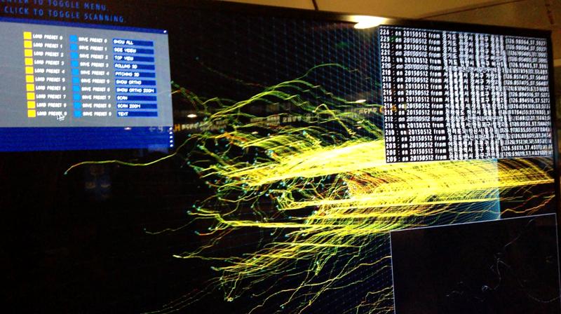 소프트웨어 TDV1.0을 통해 T map 데이터를 시각화하고 있는 모습과 결과물. TDV1.0은 2D와 3D 방식 모두 시각화가 가능하다