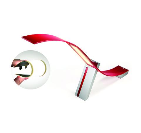 휘는 OLED 를 소재로 만든 LG 의 스마트 램프 (출처 : http://www.lgnewsroom.com/newsroom/contents/64437)
