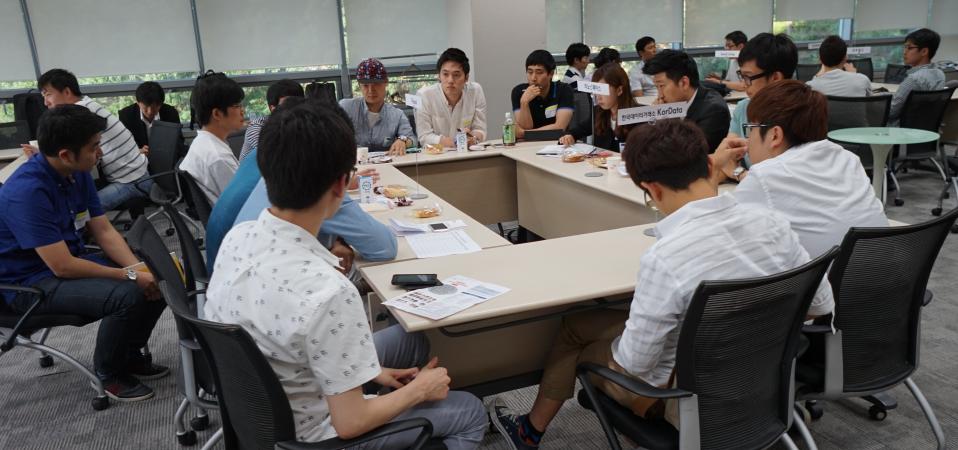CEO와 참가자간 팀빌딩 네트워킹